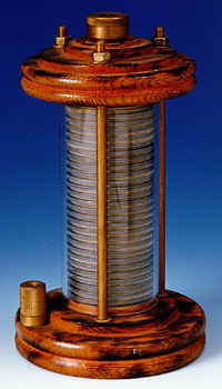 Die galvanische Säule von Alessandro Volta.